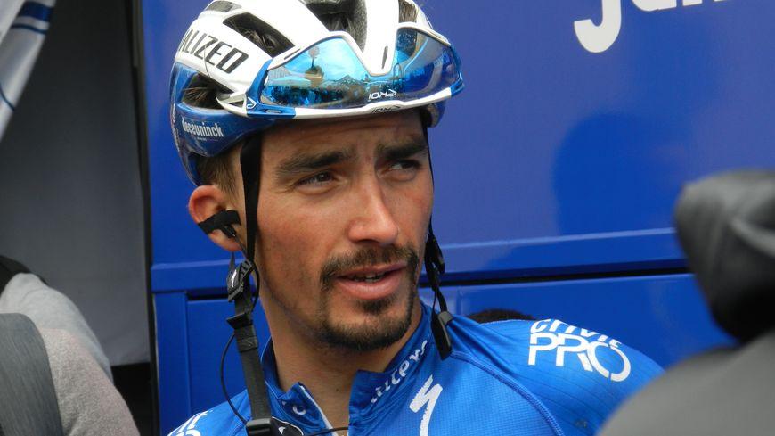 Julian Alaphilippe finit deuxième au classement mondial, juste derrière le slovène Primoz Roglic