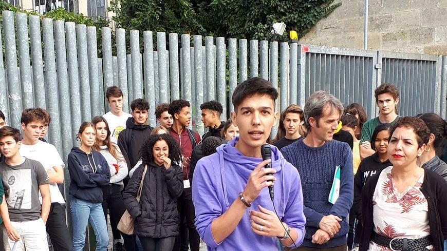 Nekfar est scolarisé depuis le mois d'avril au lycée François Magendie