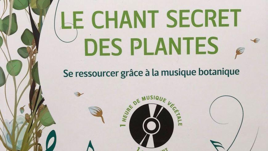 """Couverture """"Le chant secret des plantes"""" de Jean Thoby chez Rustica éditions"""