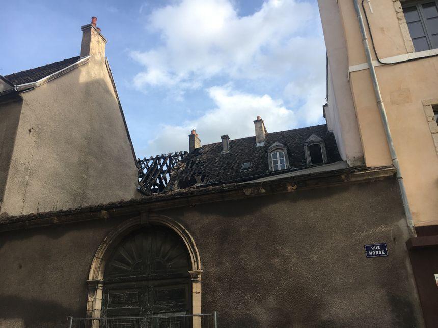 Vue sur l'incendie depuis la rue Monge