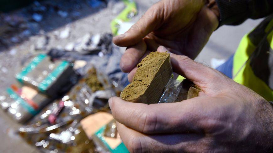 Plus de cent kilos de cannabis ont déjà été saisis par la police stéphanoise.