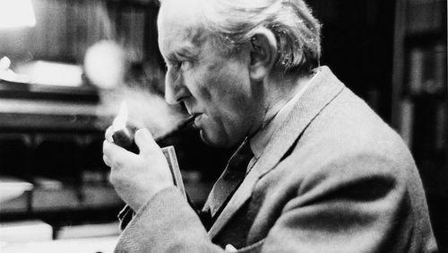 Tolkien, l'iceberg littéraire du XXe siècle