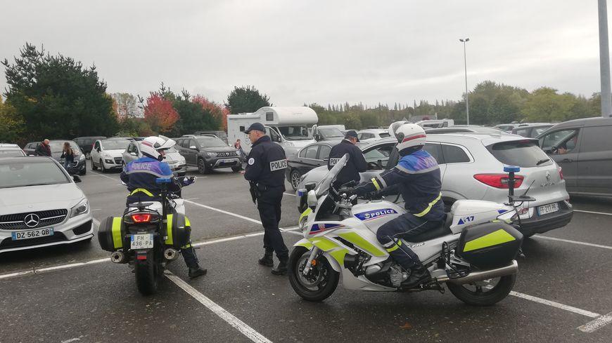 Près de 50 policiers et gendarmes étaient mobilisés