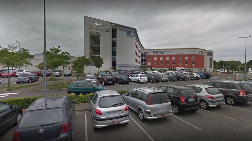 Le parking de la clinique du Pôle Santé Vinci
