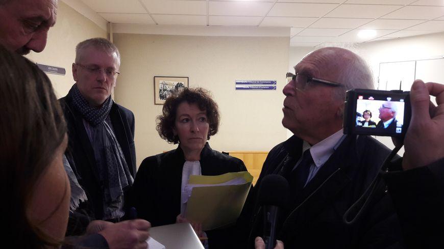 Hervé de Buyer et son avocate au Tribunal de Commerce d'Epinal