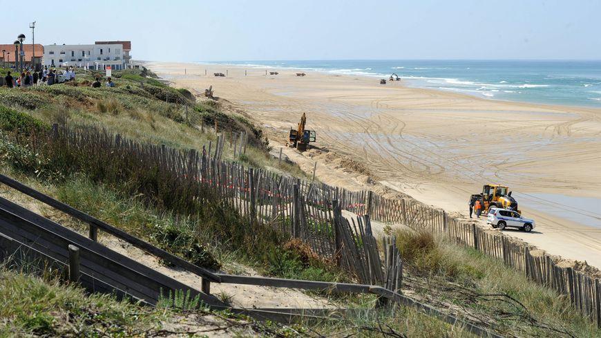 Chaque hiver la dune est grignotée par l'océan comme ici à Biscarosse