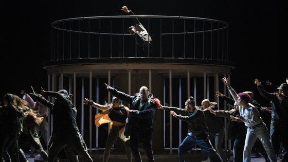 Les Indes galantes par Clément Cogitore, à l'opéra Bastille de Paris le 27 septembre 2019