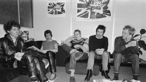 """""""Je suis punk"""" de Caroline de Kergariou (1/5) : Nous sommes punk ! Nous sommes les Sex Pistols !"""