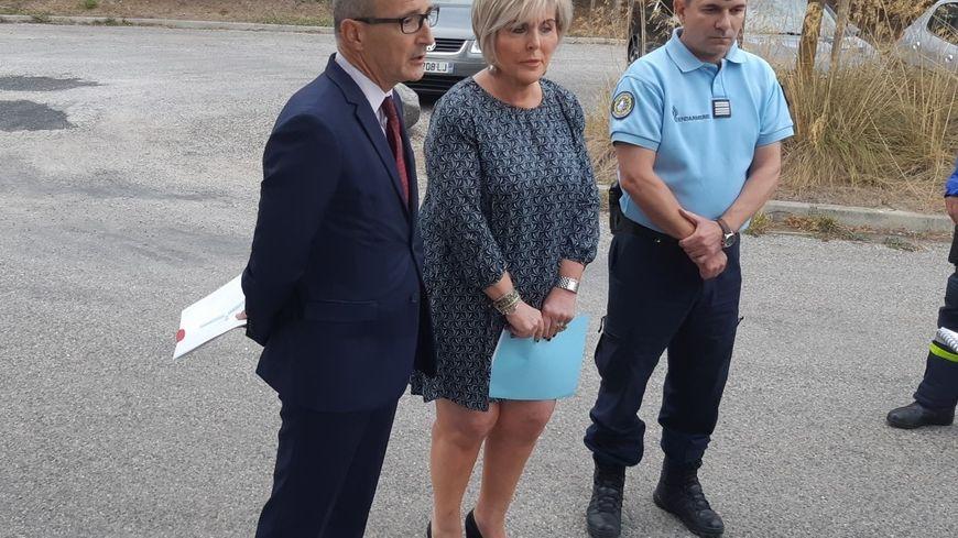 Francoise Souliman Préféte de l'Ardèche accompagnée du Procureur de la République et du patron des Gendarmes Ardèchois