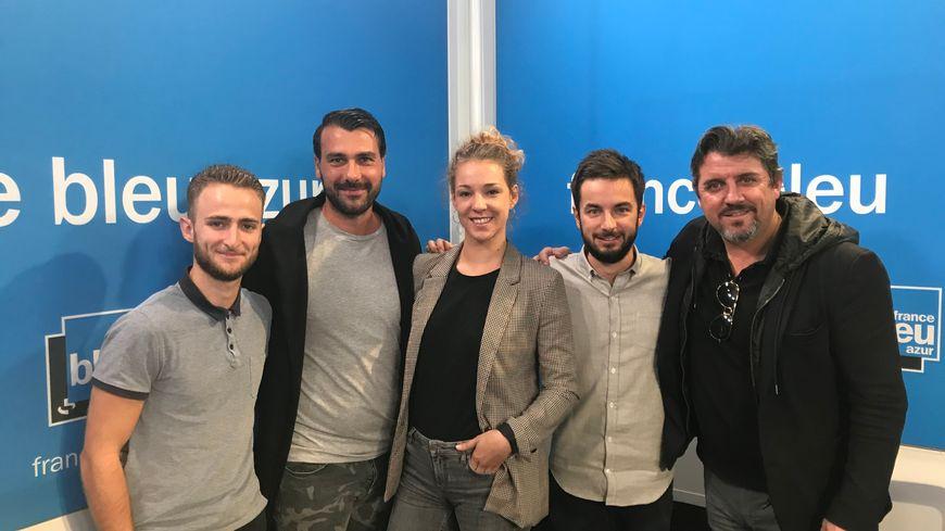 Vivien Seiller (journaliste), Matthieu Esposito (entraîneur OGC Nice féminines), Lisa Géhanne (animatrice), Maxime Bacquié (journaliste) et Patrice Alberganti (consultant)