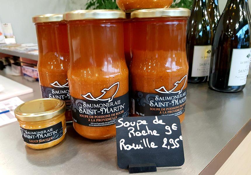 Sélection de produits d'épicerie fine estampillés Saumoneraie Saint-Martin