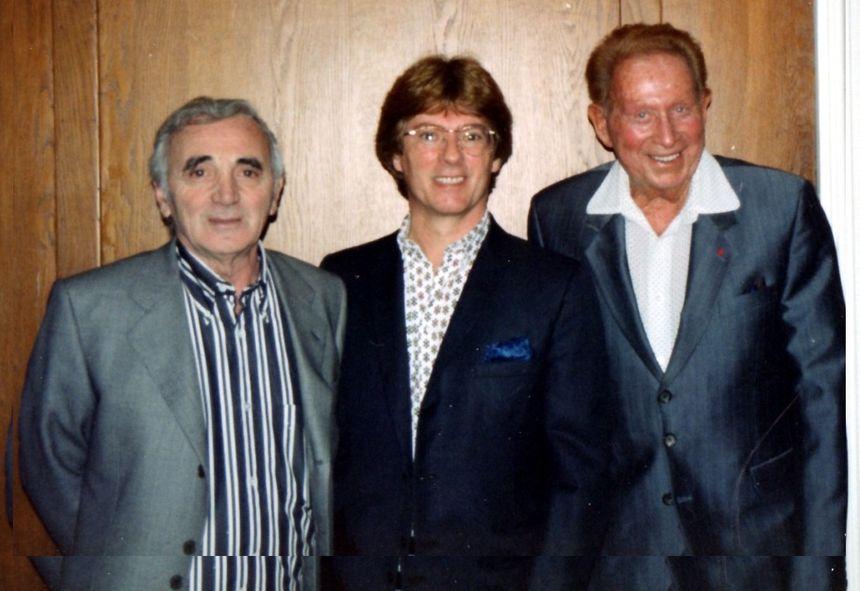 Un document  que l'on retrouve dans la biographie : sa rencontre simultanée avec deux géants de la chanson française