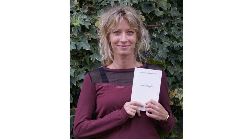 Anne-Rafaèle Bertrand auteure