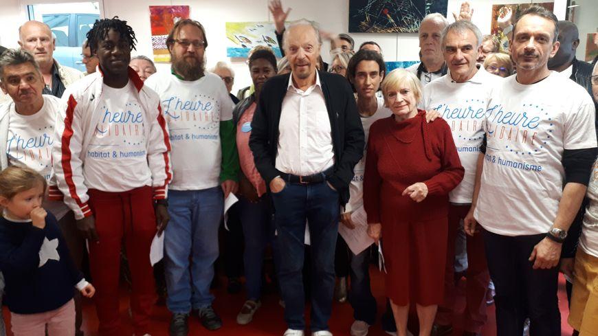 Alan Stivell avec les résidents et bénévoles d'Habitat et Humanisme à Rennes