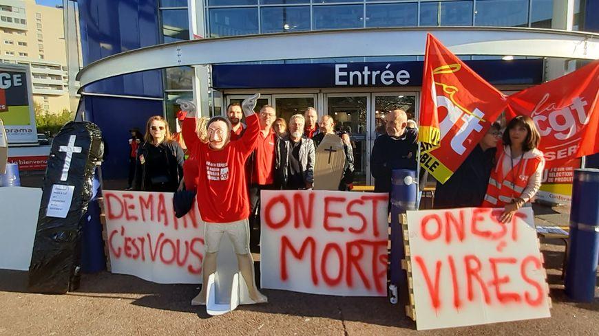 Grève contre la fermeture de Conforama et le licenciement de
