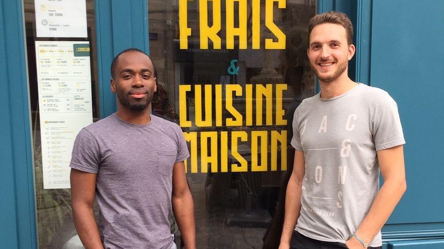 Vanilli Désiré et Aymeric Barrière les concepteurs et fondateurs du Restaurant L'Eminceur une nouvelle adresse à Limoges spécialisée dans les émincés de viande Limousine et les frites maison.