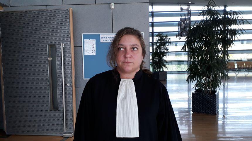 Maître Caroline Rémond du barreau de Paris défend les familles de deux petites cousines de Lelandais, accusé de les avoir agressées sexuellement