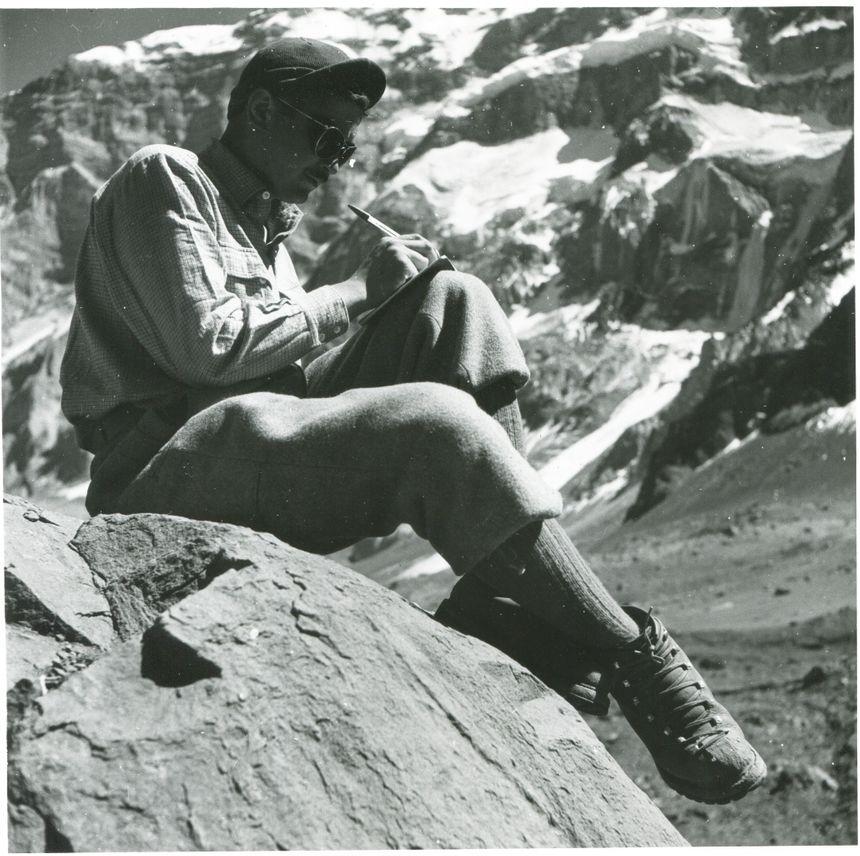 Robert Paragot au pied de l'Aconcagua en 1954