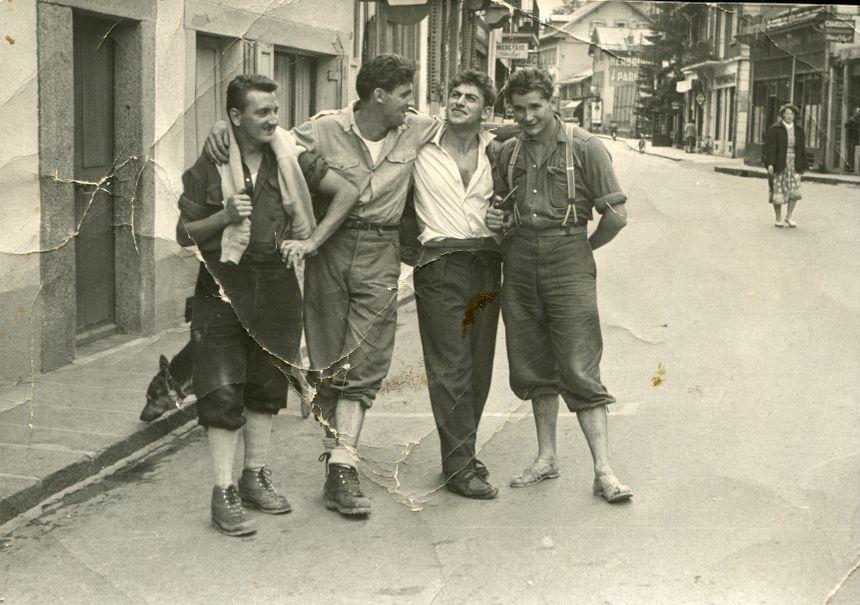 Pierre et Henri Lesueur, Lucien Bérardini et Robert Paragot à Chamonix