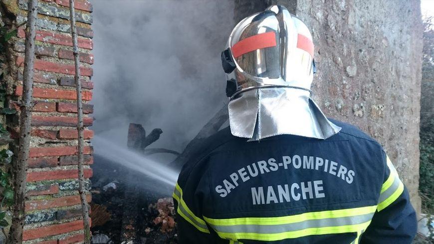 Les pompiers de quatre centres de secours ont été mobilisés sur le sinistre. (photo d'illustration)