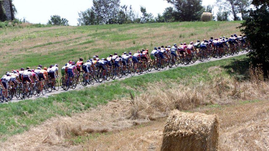Sarran, où se trouve le musée du président Jacques Chirac a déjà été ville arrivée du Tour de France en 2001.