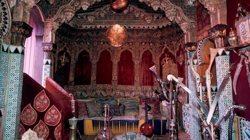 Une vue du salon turc appartenant à la maison de l'écrivain, voyageur Pierre Loti à Rochefort.