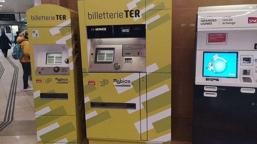 Distributeurs de billets TER en gare de Dijon