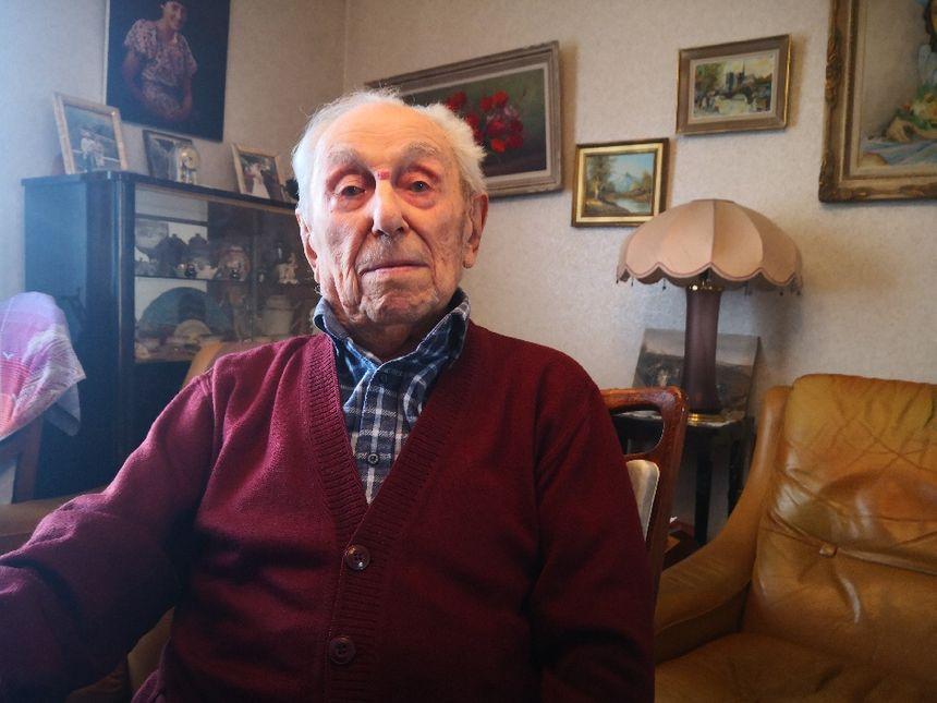 Marcel Meys est heureux et fier d'être le doyen des Français