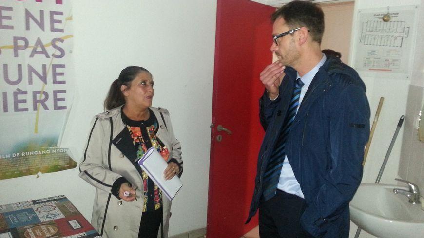 Jean-Yves Douchez, haut-commissaire à la lutte contre la pauvreté en visite au foyer St-François de Bourges.