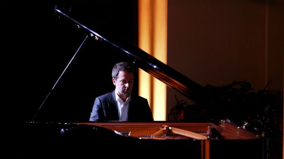 Bertrand Chamayou reçoit le prix de l'enregistrement de l'année