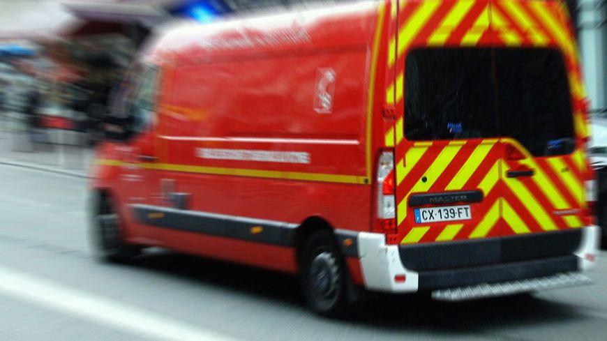 Un homme poignardé dans une altercation entre automobilistes à Raismes - France Bleu