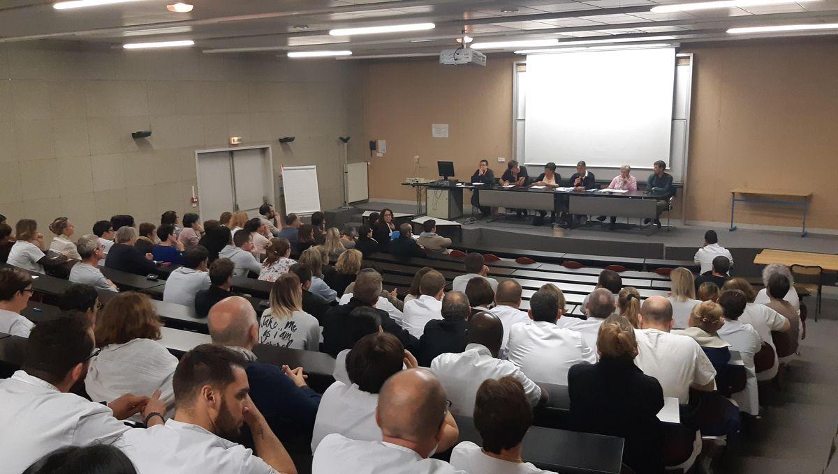 Déficit de l'hôpital d'Auxerre : Le personnel ne veut pas payer les pots cassés