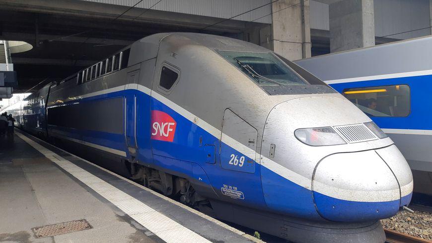 Travailler à Paris et vivre en région c'est possible grâce au TGV.
