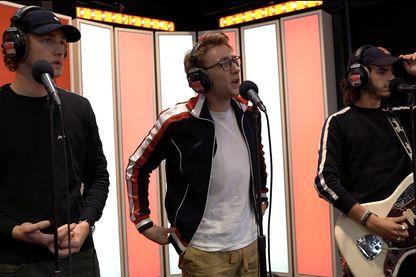 """47Ter dans le studio du Grand Urbain d'Éric et Quentin, à l'occasion de la sortie de leur premier album """"L'Adresse"""""""