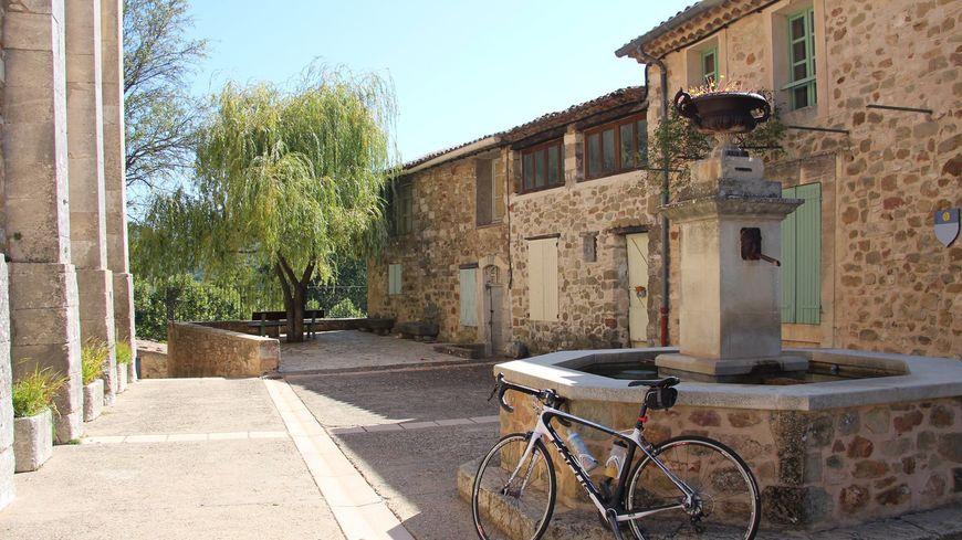 Les Ocres à vélo aux portes du Vaucluse