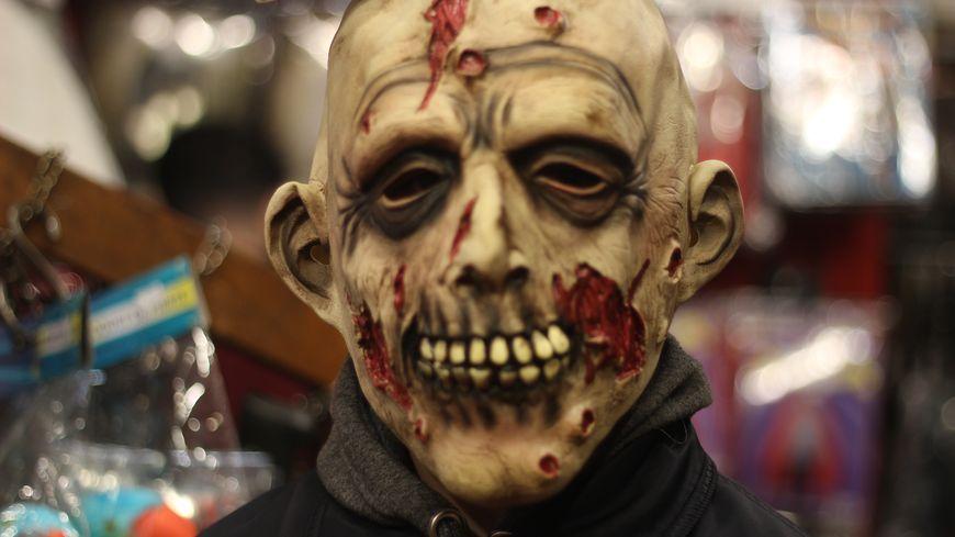Masque effrayant d'Halloween, octobre 2019