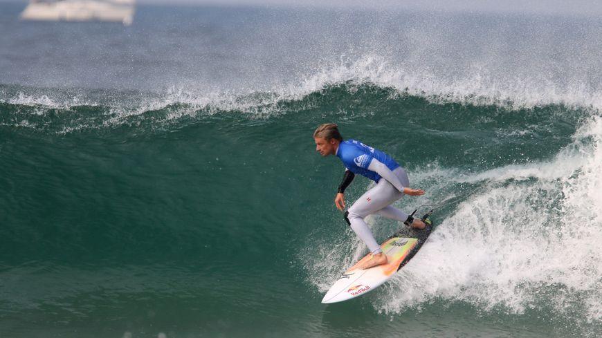 Surf (illustration)