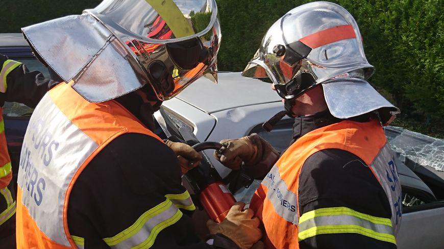 21 sapeurs pompiers sont intervenus sur cet accident qui s'est produit vendredi 25 octobre vers 20 heures (illustration).