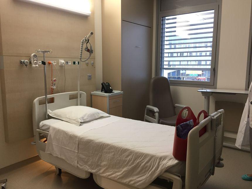 """Les chambres ont été conçues pour être plus """"cosy"""" pour le patient."""