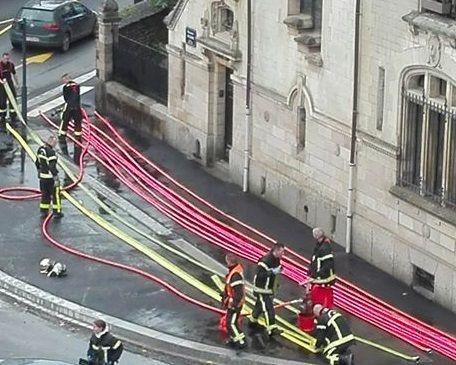 Une quinzaine de pompiers sont sur place