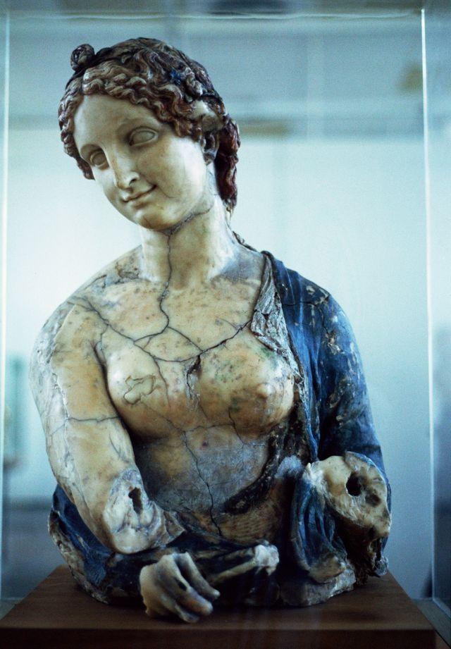 La Flora de Léonard de Vinci, au Kaiser Museum de Berlin est-elle un faux ?
