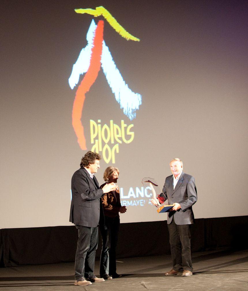 """Robert Paragot reçoit le """"Piolet d'or carrière"""" en 2012"""
