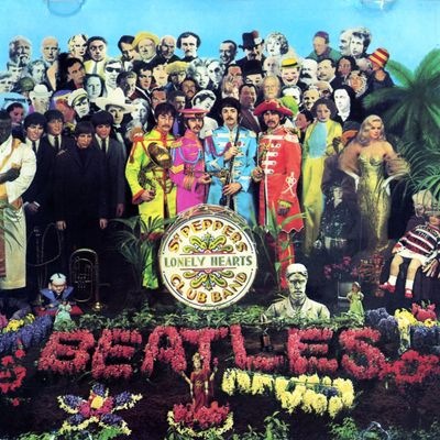 "Pochette de l'album ""Sgt. Pepper's lonely hearts club band"" par The Beatles"