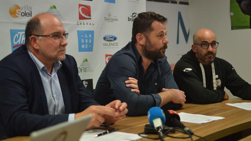 Lors de la conférence de presse à Romans-sur-Isère ce jeudi.