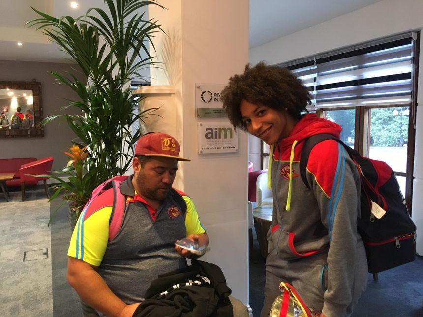 L'entraîneur et la capitaine des Déesses en direct sur France Bleu Roussillon depuis l'Angleterre