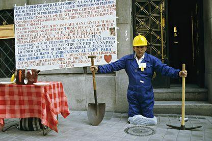 Chômeur dans la rue à Grenade en Espagne