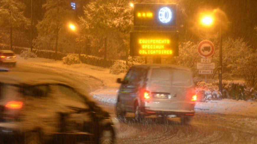 Une neige collante  et glissante à souhait avait compliqué la vie des automobilistes