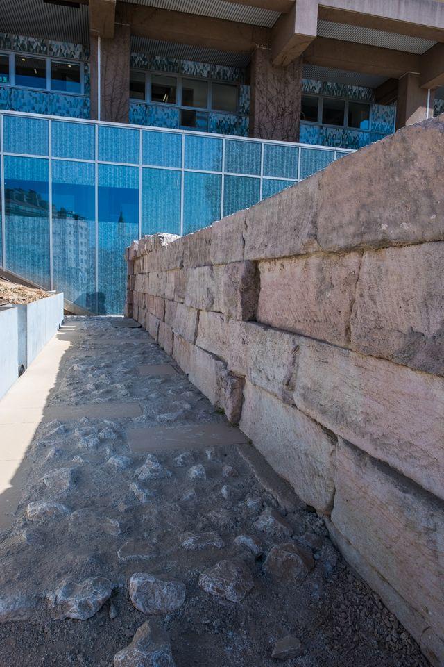 Le mur de Crinas, rempart hellénistique découvert en 1913