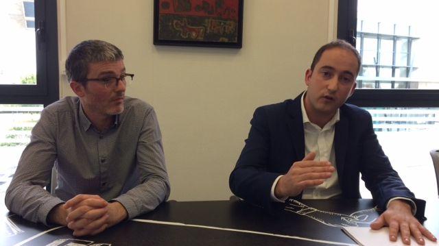 Wilfried Schwartz, le maire de La Riche, aux côtés de son avocat, maître Jérôme Damiens-Cerf