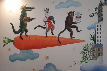 Une fresque de Lindsay Grime inaugurée en musique à la Cantine des Pyrénées.